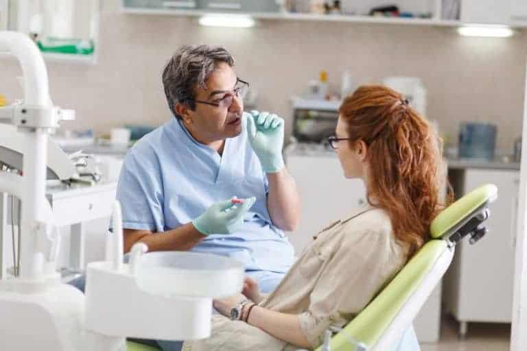 Dentist Explain Patient in Ashfield
